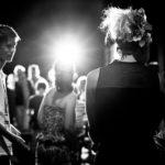 Lisa Lottie Nach der Vorstellung in Interlaken - Von hinten vor der Menschenmenge
