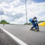 Downhill-Longboarder Actionrennen
