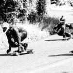 Longboard-Downhillrennen im Sommer in Mühleberg (Bern)
